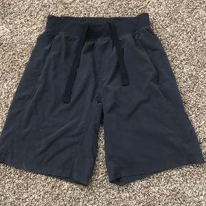 Lululemon Core Shorts (black)